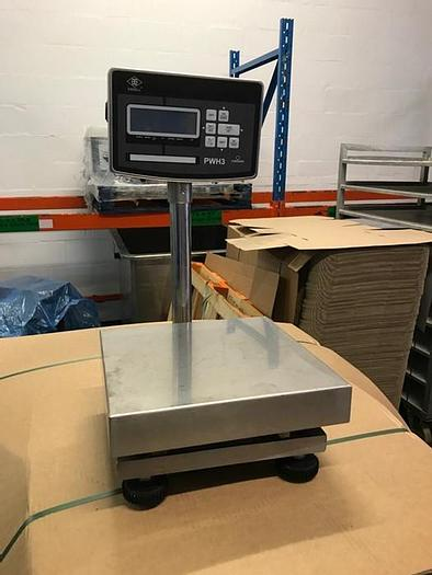 Used WEIGHING SCALES