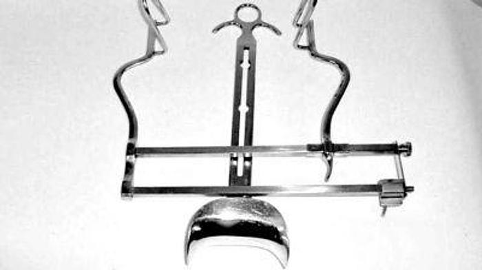 Used Retractor Self Retaining Abdominal Balfour Adult with Central Blade