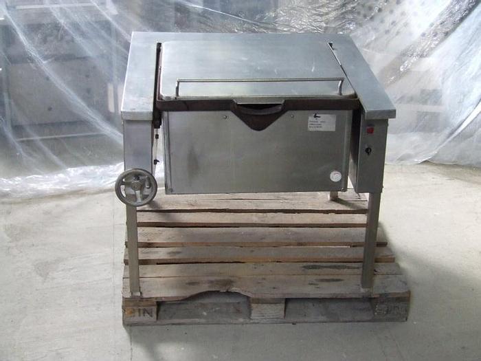 Used Nierdzewna patelnia uchylna z misą żeliwną