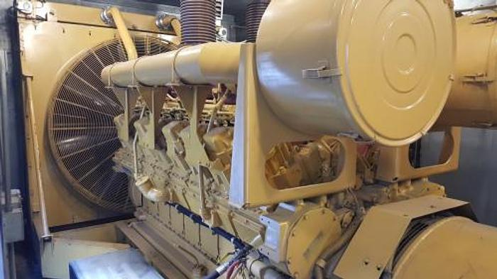 Used 1.75 MW 1995 Used Caterpillar D3516 Diesel Generator Set