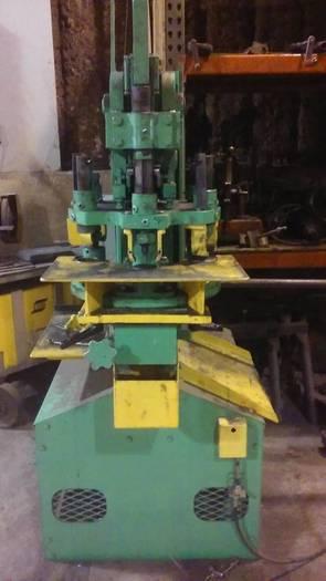 Uni-Hydro Ironworker
