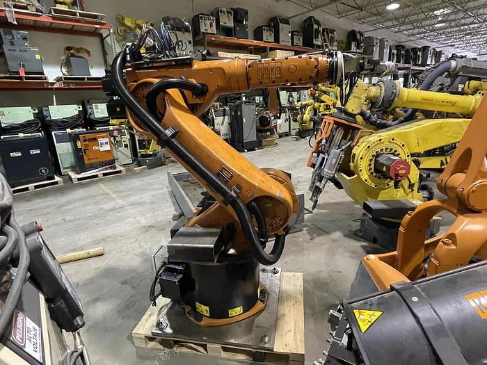 Used KUKA KR30 6 AXIS ROBOT 30KG X 2033MM H-REACH WITH KRC4 CONTROLLER