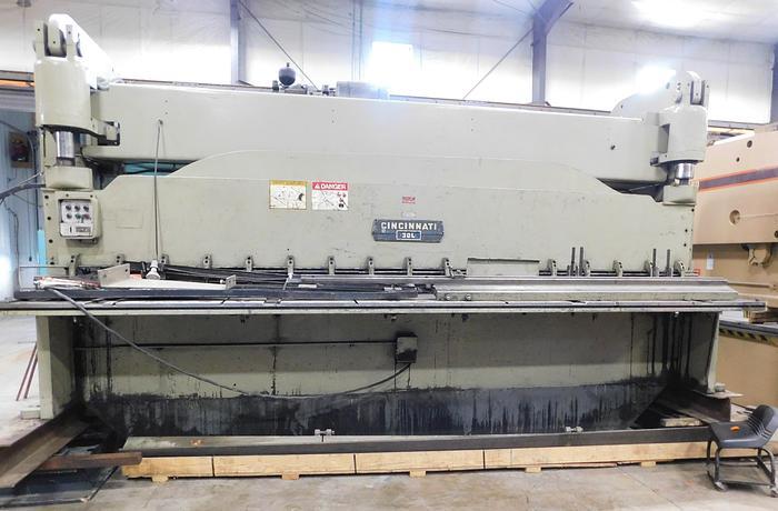 Used Cincinnati 16' x 3/8 Squaring Shear 3DL16