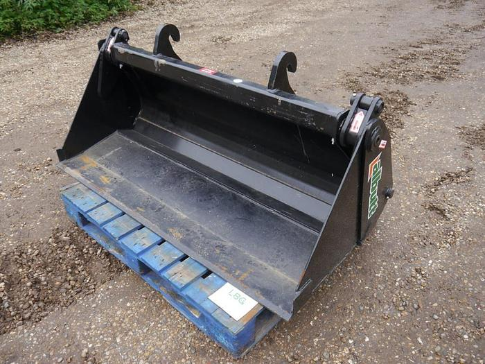 Used Albutt 4-in-1 Bucket