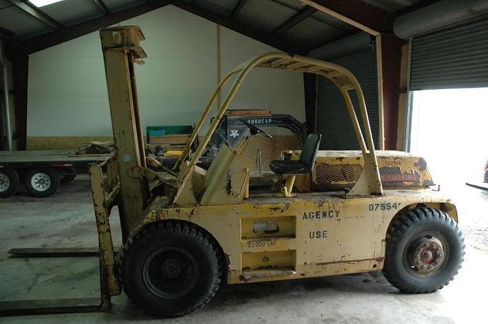 Used 25,000 lb. Caterpillar Model AM25 Forklift; Dual Pneumatic; LP