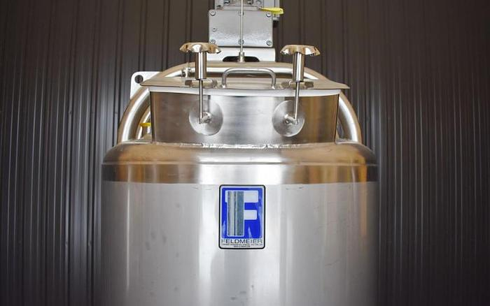 USED 60 GALLON JACKETED TANK, 304 STAINLESS STEEL, WITH SWEEPER MIXER, ''UNUSED TANK''