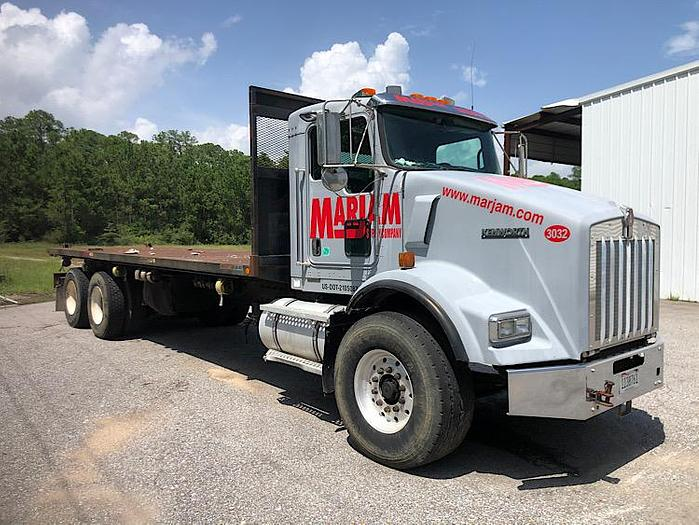 2007 KENWORTH T-800 FLATBED TRUCK WITH PIGGYBACK SYSTEM
