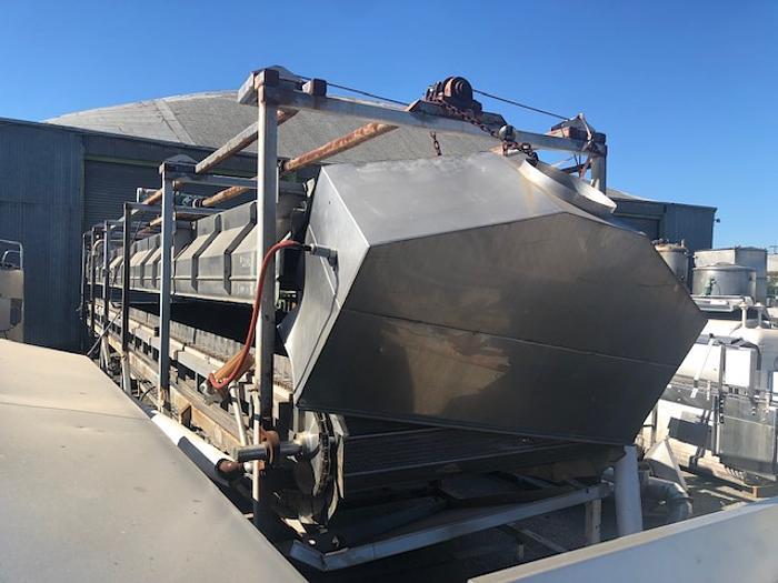 POWER TRANSMISSION & BEARING Steam Belt Blancher 5' wide x 44' long