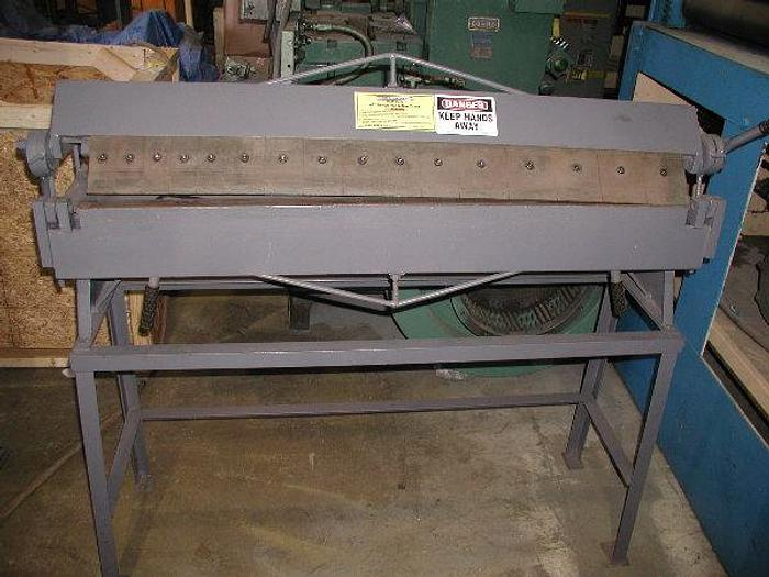 16 Ga. x 4', CENTRAL MACHINE, No. ITEM 45876, PAN & BOX BRAKE