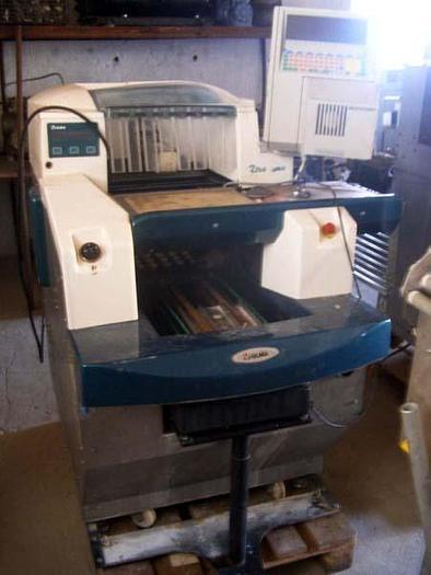 """Używane Maszyna pakująca na tackach w folię rozciągliwą z wagą - """"ULMA"""""""