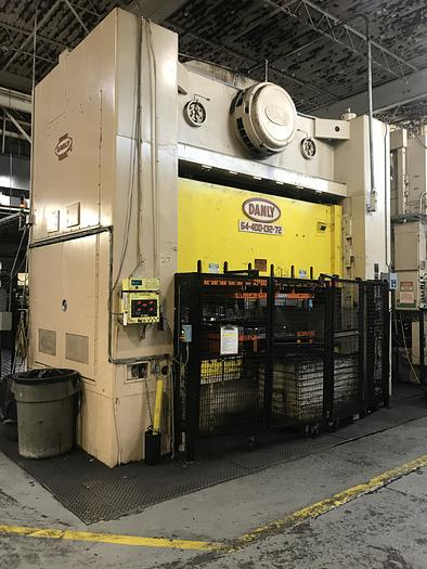 "400 ton Danly 132""x72"" SSDC Stamping Press"