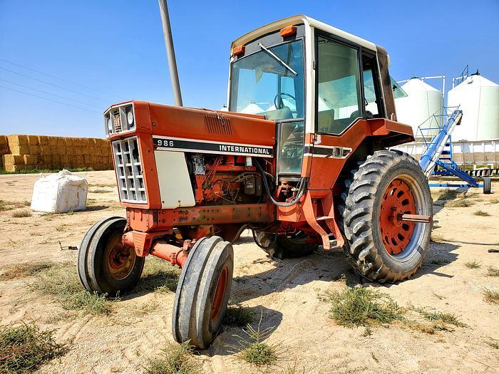Used International 986 Tractor