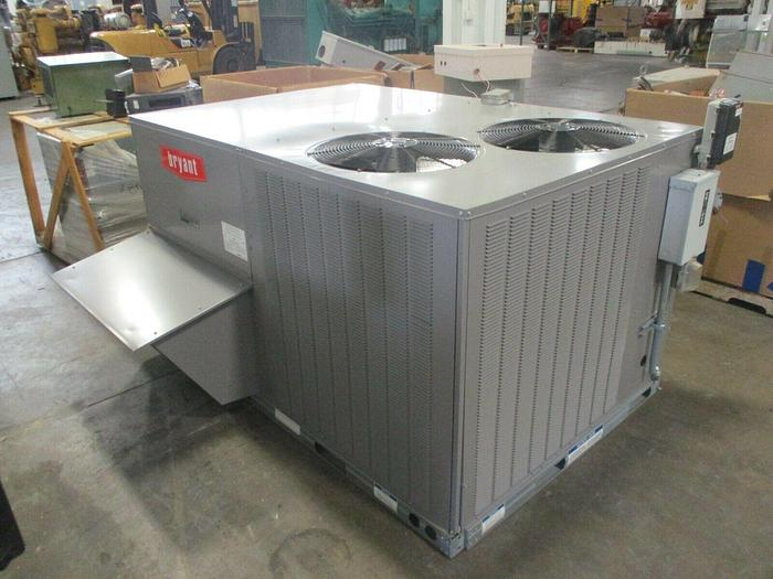Used 2018 Bryant Rooftop Unit 8.5-ton 580JP09D180A2A0ADA