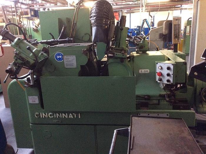 Cincinnatti OM-2 Centreless Grinder OM-2