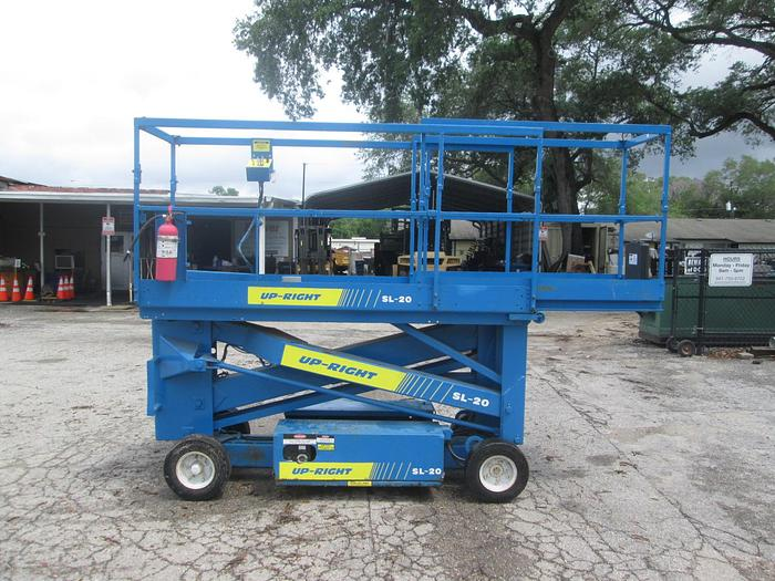 Used Up-Right SL20 Motorized Man Lift