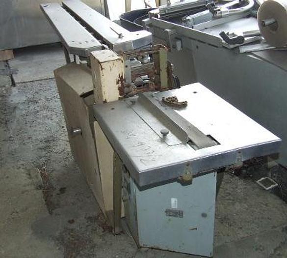 Używane Maszyna pakująca w przepływie - flowpack Typ ALna 14