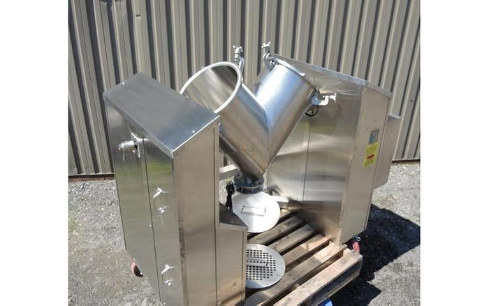 USED TWIN SHELL BLENDER, 3 CUBIC FEET, INTENSIFIER, STAINLESS STEEL