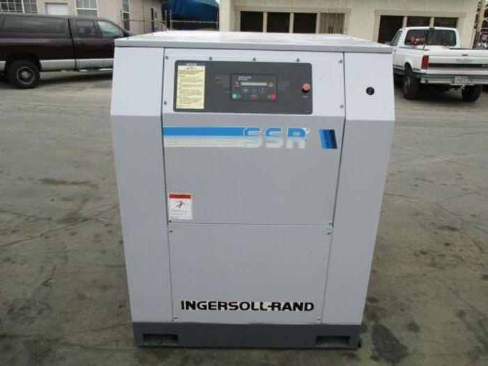 Used 1996 INGERSOLL RAND MODEL SSR EP30 SE SCREW AIR COMPRESSOR 30 HP 125 CFM 125 PSI
