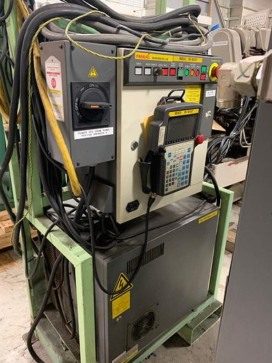 FANUC LR MATE 200i WITH RJ3 CONTROLLER