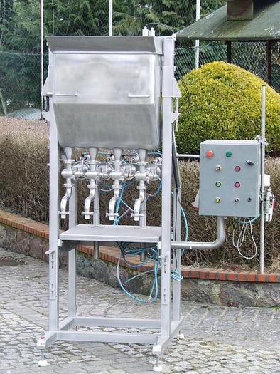 Używane Dozownica 4-tłokowa, liniowa