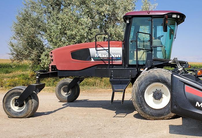 Used 16' Macdon M200 Rotary Windrower w/ 1400 Hours