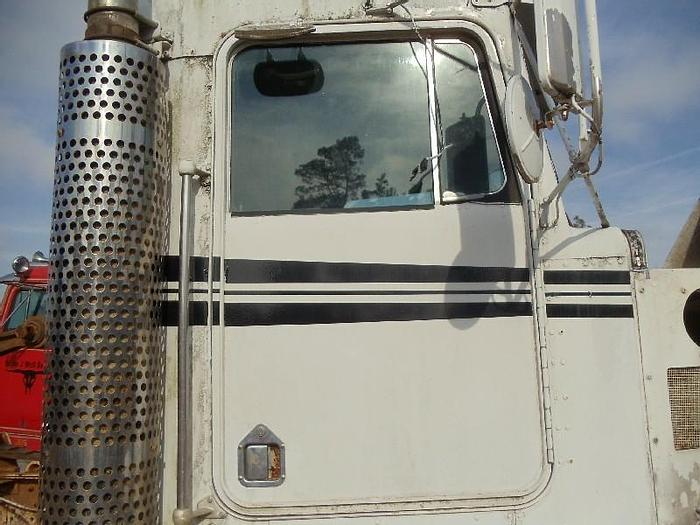 Used 1993 KENWORTH T400B