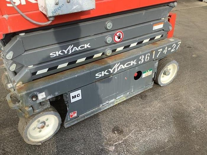Used 2018 Skyjack SJ3219 DC Scissor Lift