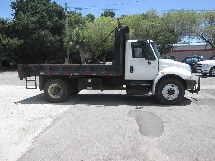 Used 2005 International Dump Truck