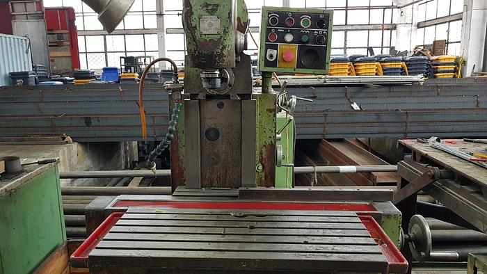 Universal milling machine TOS FN32