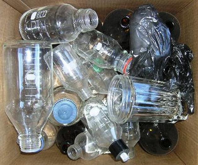 Used Laboratory burette, flask, glass, dispensere