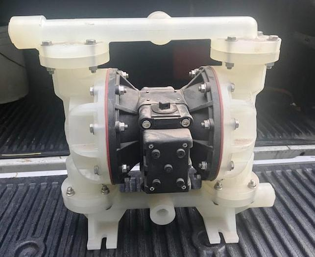 "Air Powered Plastic Diaphragm Pump 1 1/8"" Inlet & Outlet."