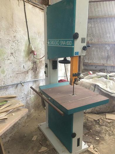 Used Griggio SNA 600 Vertical Bandsaw