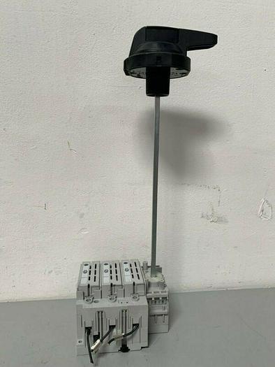 Used Allen Bradley 194R-N30-1753 Disconnect Switch w/ AB 194R-PB Pad-lockable Handle