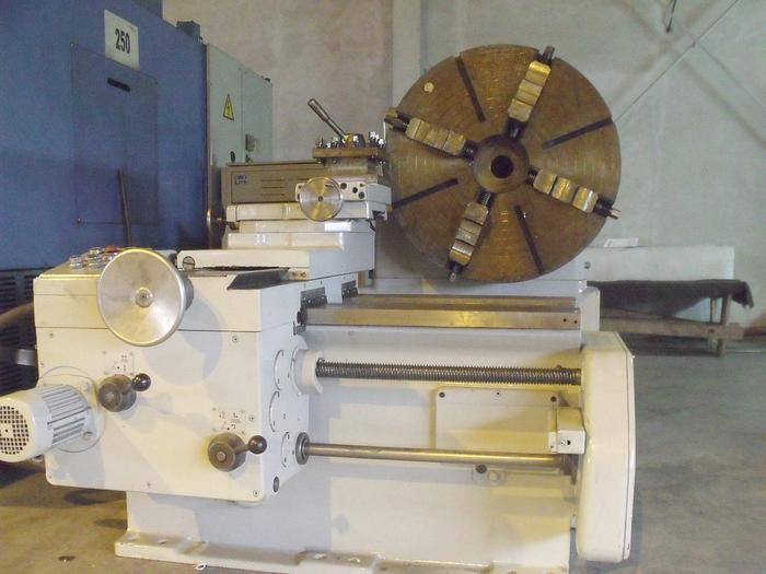 1982 FACING LATHE TYPE DP800 WMW
