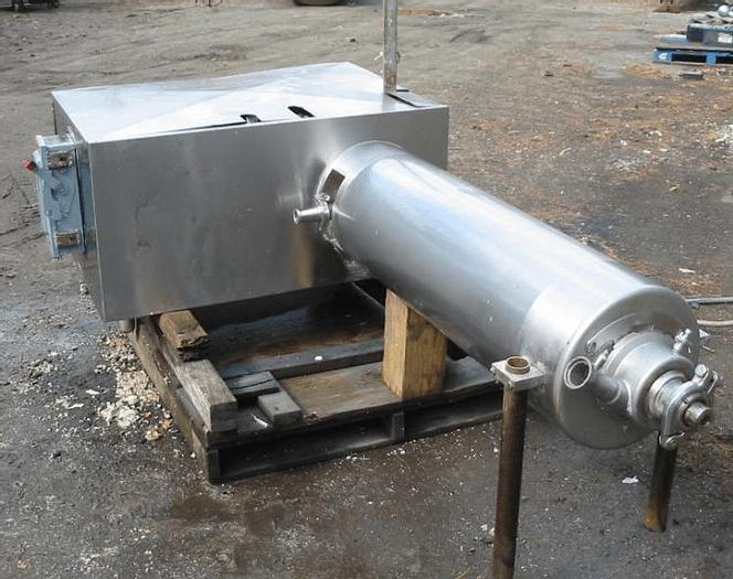 Used 6 SQ. FT. APV SCRAPED SURFACE HEAT EXCHANGER – S/S ROTOR