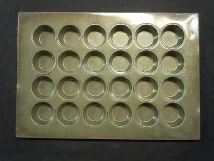 """MUFFIN PANS 3-1/4"""""""