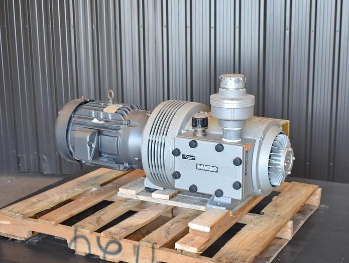 Used USED RIETSCHLE THOMAS VTB-250 ROTARY VANE VACUUM PUMP