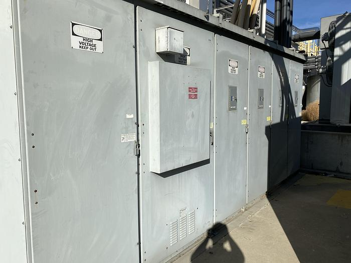 Used METALCLAD SWITCHGEAR SERIES 5 SQAURE D OUTDOOR ELECTRICAL
