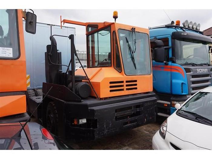 Used MOL Terminal Tractor YT200 4x2 +/- 20.000 HOURS