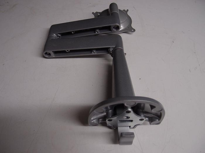 Used Chief KCD11OS Dual Arm Articulating Desk Mount Single Monitor (793)