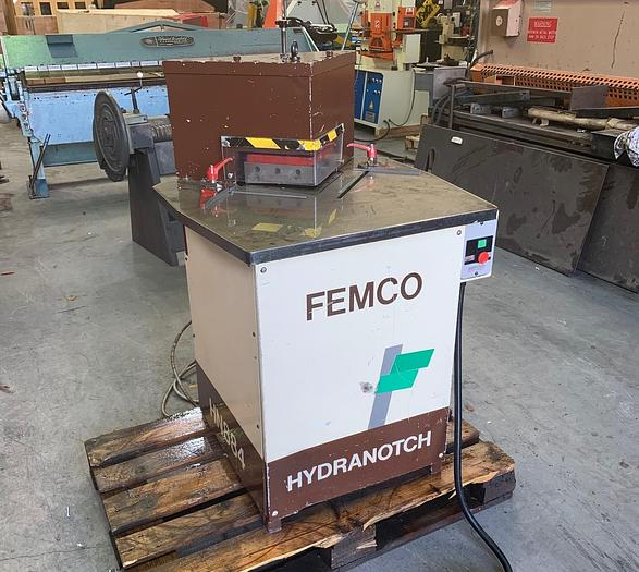 Used FEMCO 200mm x 4mm Hydraulic corner notcher