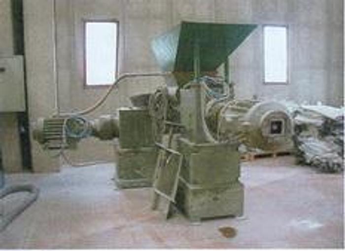 Used DE AIRING PUGMILL LAKER