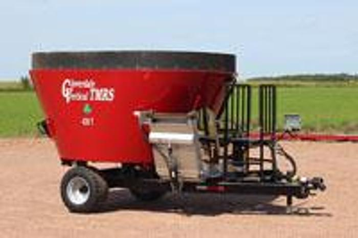New - products Cloverdale Single Auger Trailer Mixer