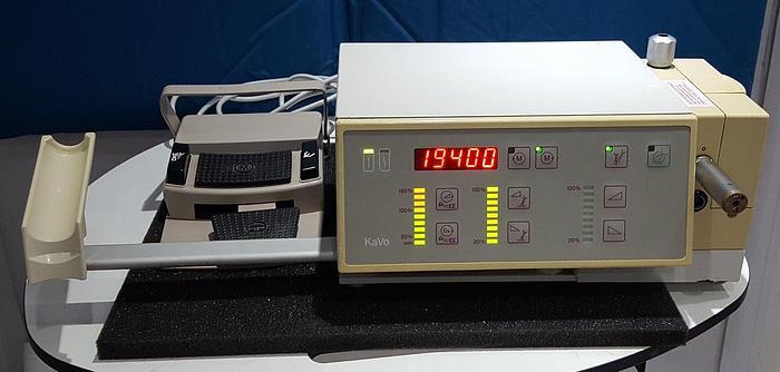 Gebraucht KaVo Dentalbohrgerät 902 Elektrisches Handstück COMFORTtronic Steuermodul mit Fußpedal
