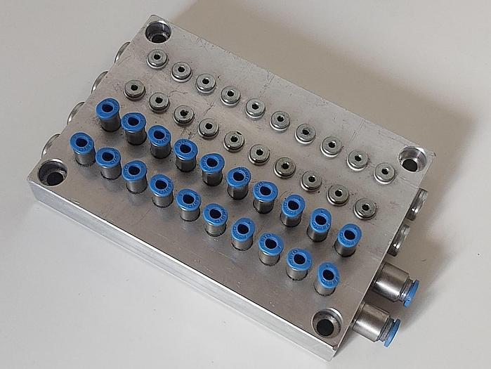 Gebraucht Druckluftverteiler, Inputs D6, Outputs D4,  gebraucht-Top