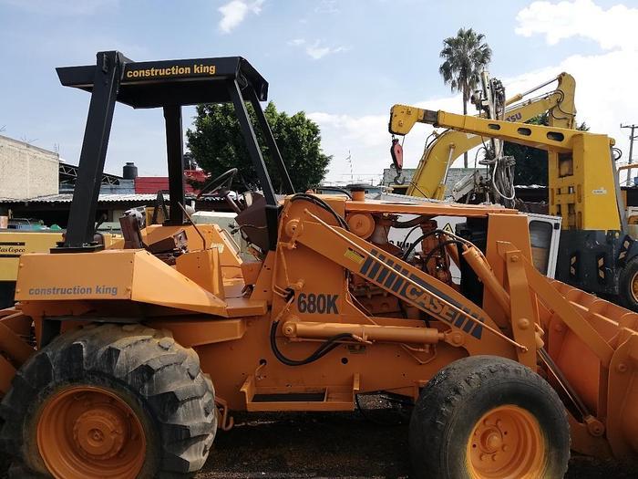 Usado 1995 Retroexcavadora Case 680 K