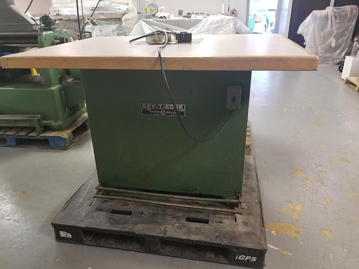 Used Evans 1000J T-Mould Inserter