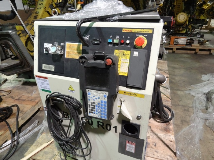 FANUC M900iA/350 6 AXIS CNC ROBOT 350kg CAPACITY