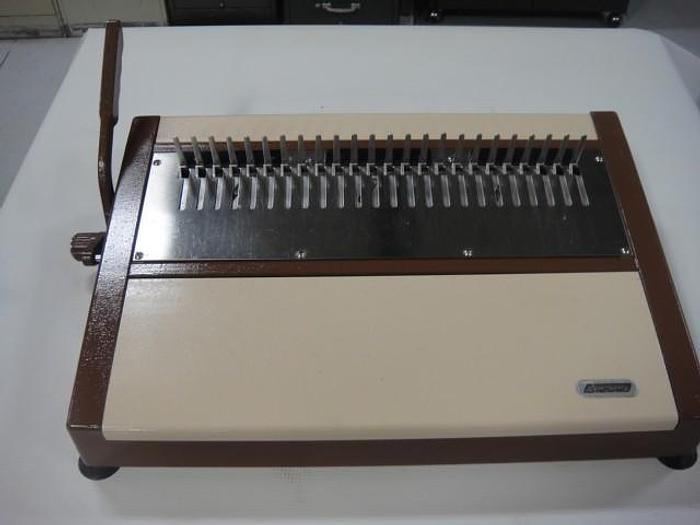 Used HBC-24 Coil Inserter