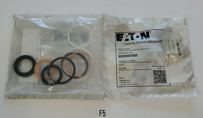 *NEW IN BAGS* LOT OF 2 Eaton SKN25-665-08 Rod Seal Kit 3Q14 + Warranty!